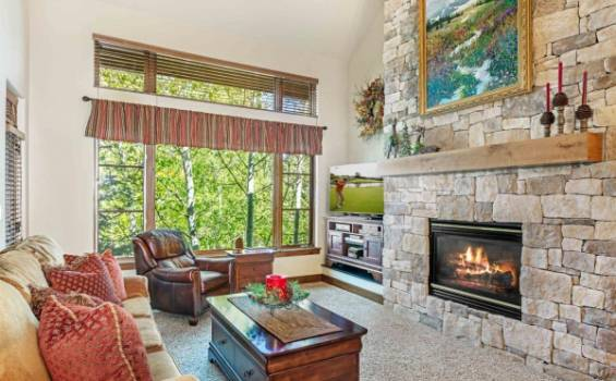 30 Cresta Road #309 | Moving Mountains Vail