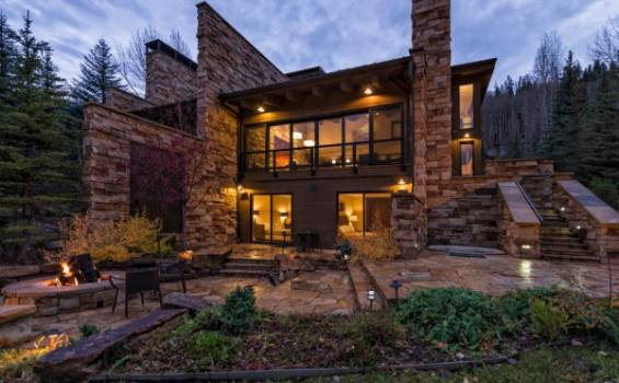 745 Forest Road | Moving Mountains Vail