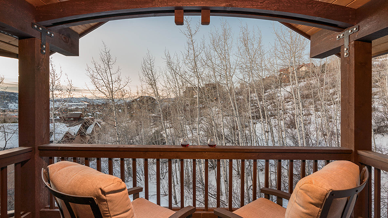 Chalet Fuego, Pet-Friendly Vacation Home in Steamboat Springs