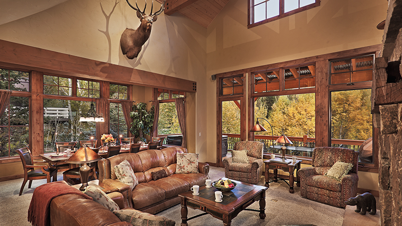 Brown Bear Chalet, Pet-Friendly Vacation Home in Steamboat Springs