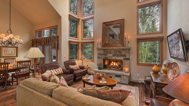 Chalet Punto, Pet-Friendly Vacation Home in Beaver Creek