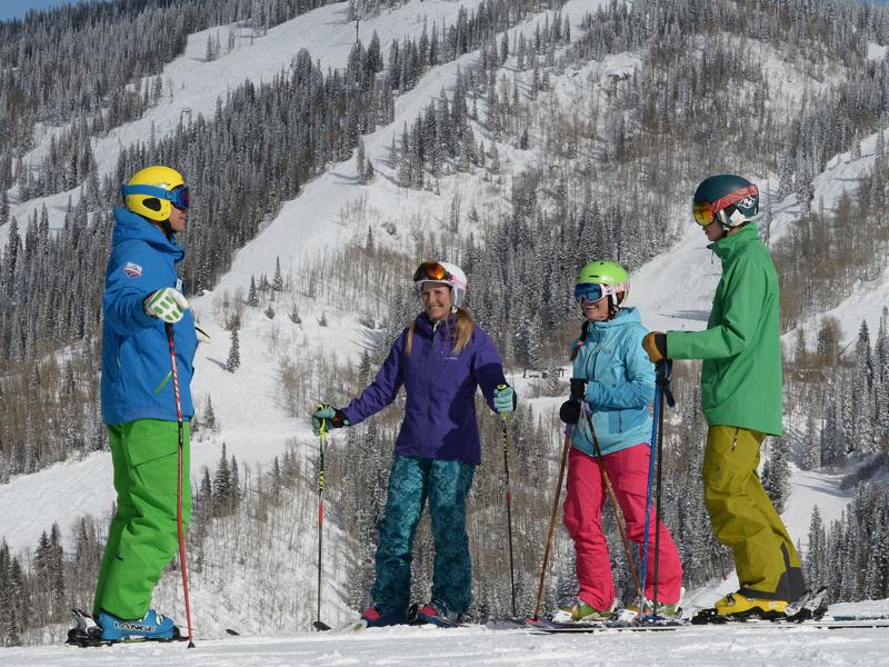 Group Ski School | Moving Mountains