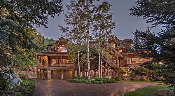 Pioneer Lodge, Large Ski Home in Beaver Creek